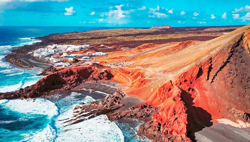 Küste von El Golfo auf Lanzarote