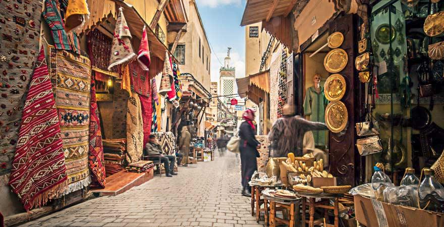 Souk in der Medina von Marrakesch