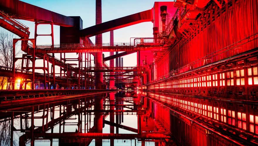 Zeche Zollverein in Essen bei Nacht