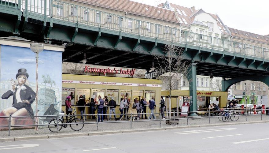 Die berühmteste Ecke in Berlin, um Currywurst zu essen