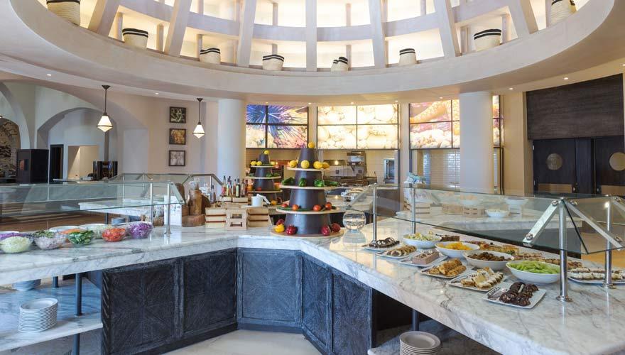 Buffet im Sheraton Miramar Resort El Gouna