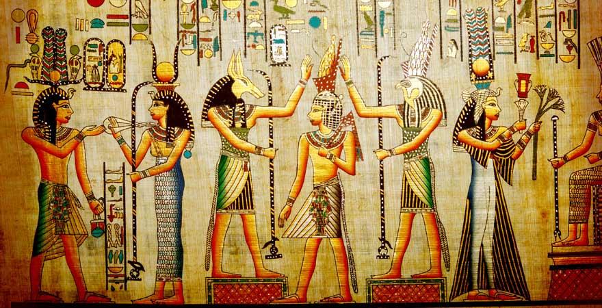 Ägyptische Wandmalerei mit Hieroglyphen