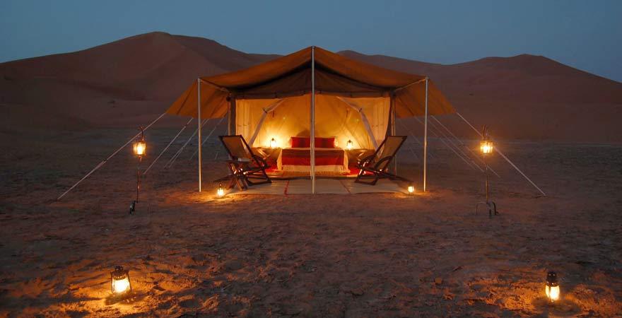 Mondschein-Dinner in der Wüste