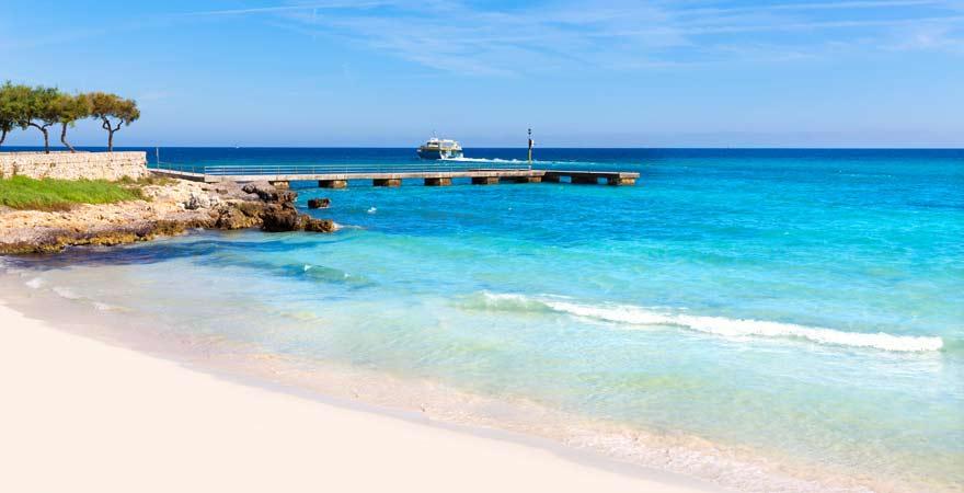Strand von Cala Millor auf Mallorca - perfekt für euren Familienurlaub
