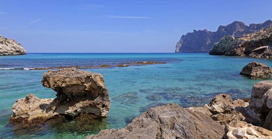 Küste von Cala San Vicenc auf Mallorca