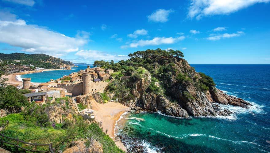 Berühmte Burg Vila Vella an der Costa Brava in Spanien