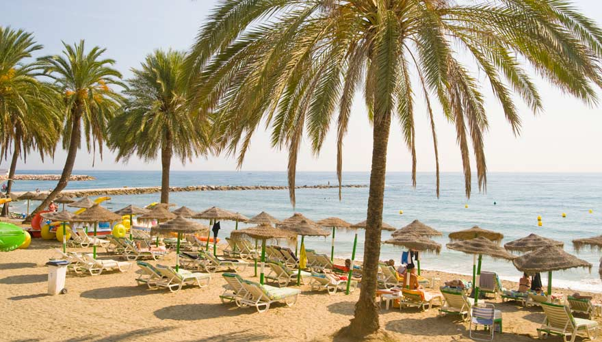 Strand in Marbella an der Costa del Sol in Spanien