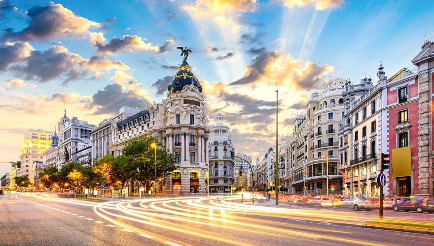 Gran Via - die bekannteste Straße Madrids