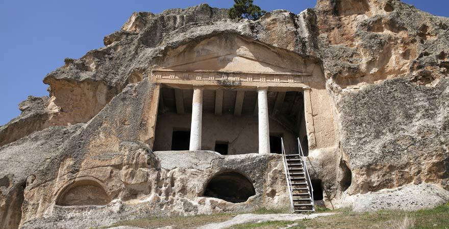 Felsenhöhlen bei Afyon, Türkei