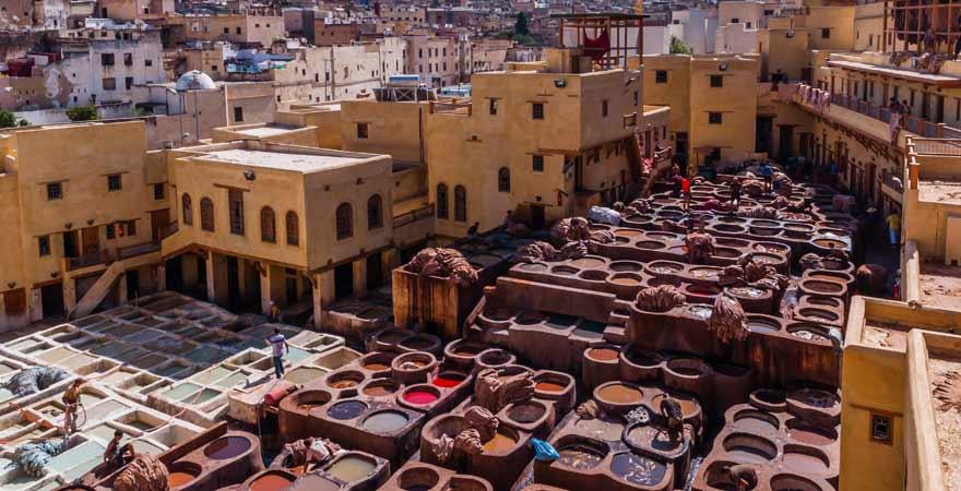 Für meinen Reisebericht habe ich auch bei einer Gerberei in der Medina von Fès vorbeigeschaut.