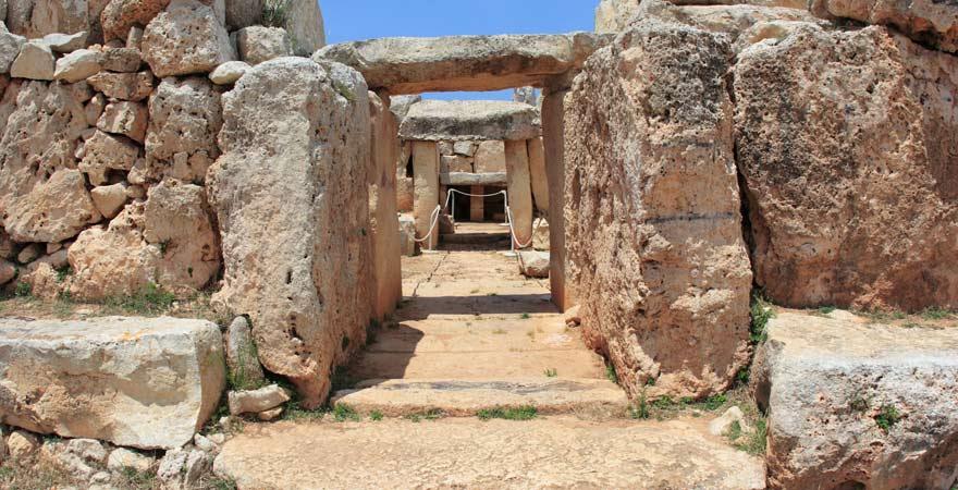 Einer unserer Reisetipps für Malta-Urlauber: Die Ausgrabungsstätte von Hagar Qim