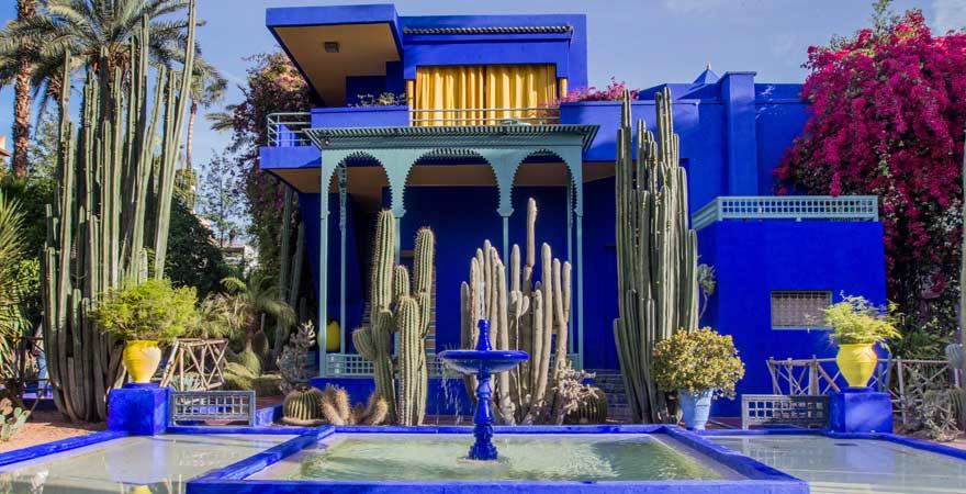 Für einen Reisebericht über Marokkos Königsstädte gehört ein Besuch im Jardin Majorelle in Marrakesch dazu