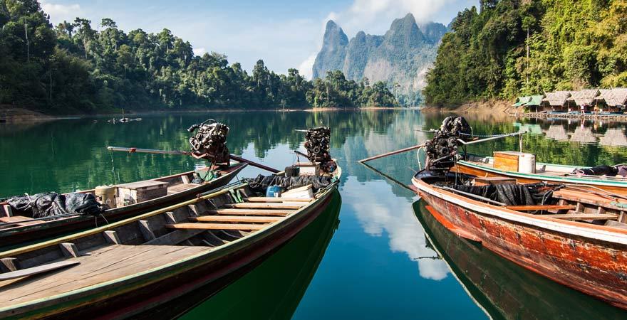 Langschwanzboote im Khao Sok Nationalpark