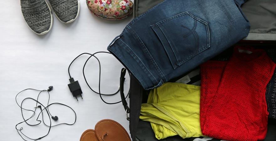 So könnt ihr euren Koffer platzsparend packen