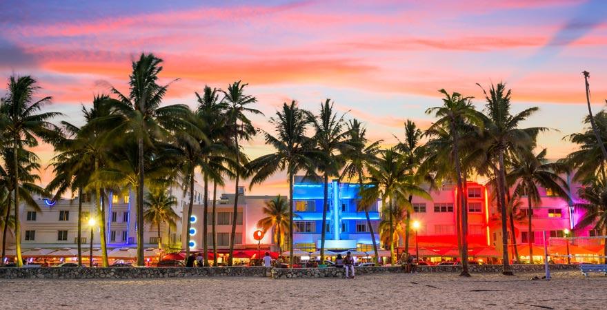 Wer in Miami Party machen möchte, kommt zum Ocean Drive.