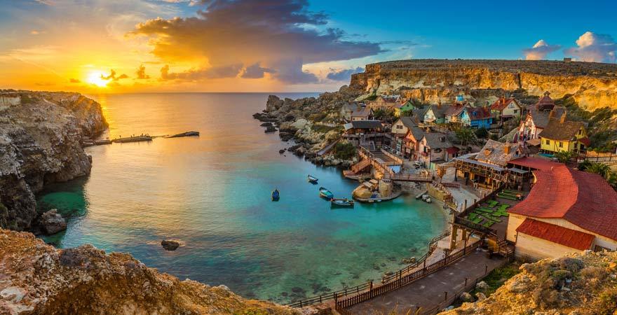 Unser Reisetipp für Malta-Urlaub mit der ganzen Familie: Popeye Village bei Mellieha