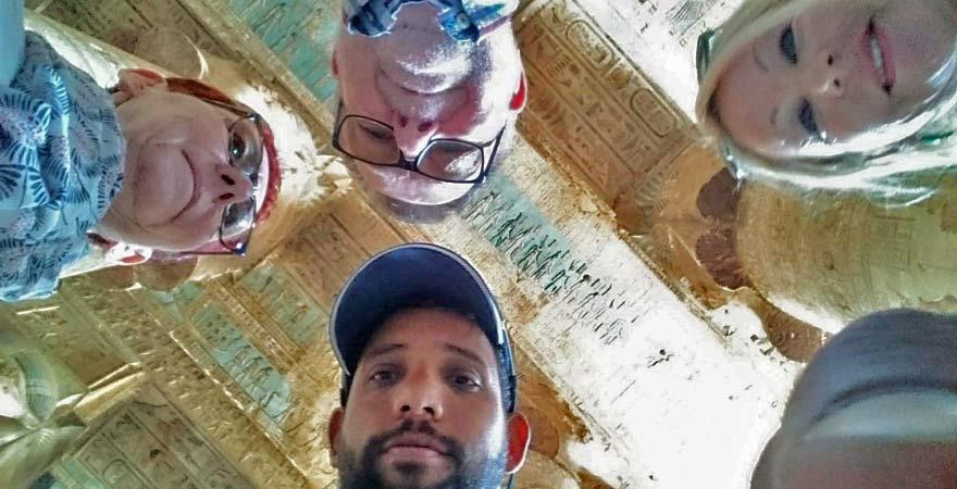 Ausflugsgruppe nach Dendera