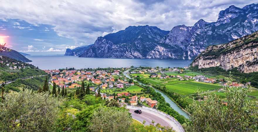 Reisetipp: Eine Anfahrt mit dem Auto an den Gardasee lohnt sich