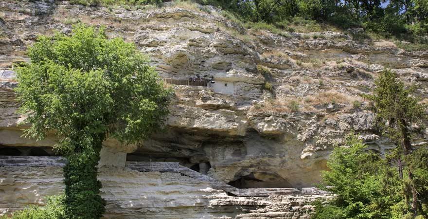 Höhlenkloster Aladscha ist eine tolle Sehenswürdigkeit für euren Familienurlaub in Bulgarien