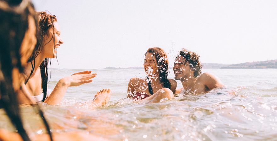 Der Sonnenstrand zählt in Bulgarien zu den Reisetipps für alle Partyurlauber.