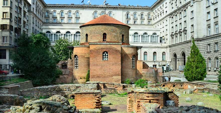 Ein Stück Mittelalter mitten in Sofia und ein toller Bulgarien-Reisetipp: die Rotunde Sveti Georgi