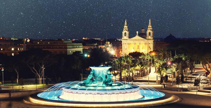 Tritonenbrunnen vor Valletta, Malta