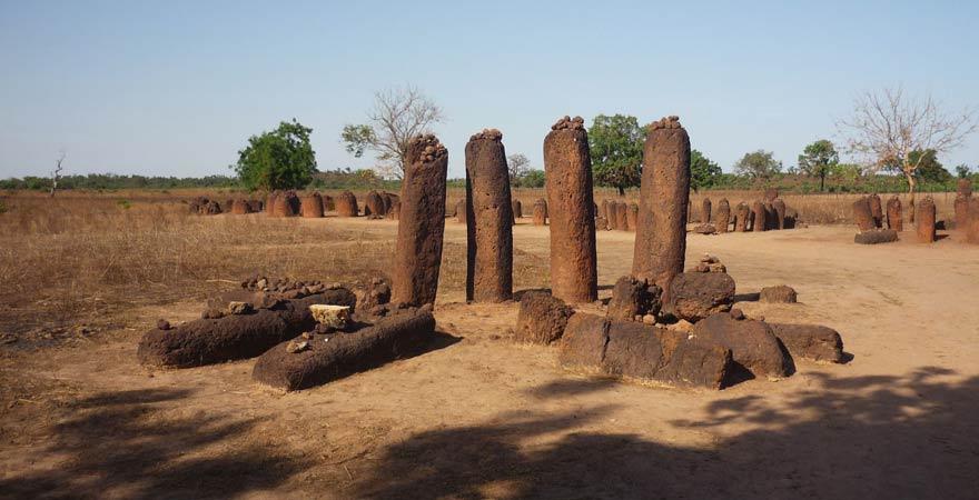 Steinkreise in Wassu - ein toller Sightseeing-Tipp für den Gambia-Urlaub