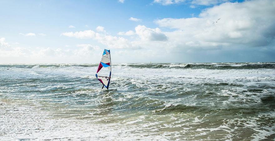 Reisetipp für Wassersportler: Kiten an der Nordsee