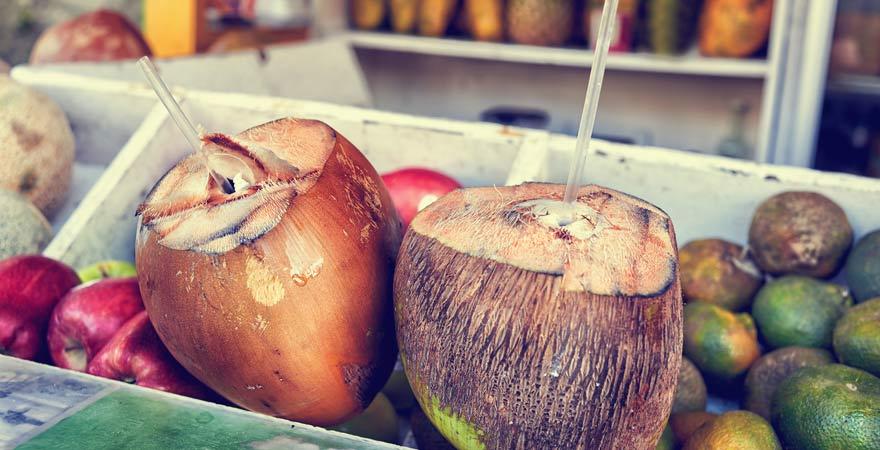 Kokosnuss-Wasser