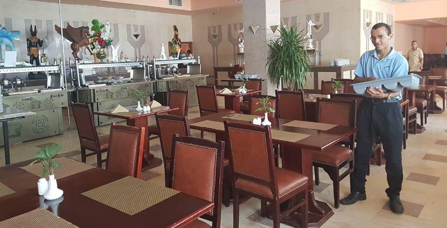 Hauptrestaurant vom Marlin Inn Azur Resort