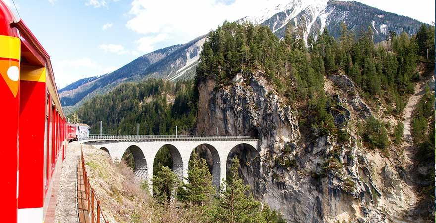 Landwasserviadukt in der Schweiz