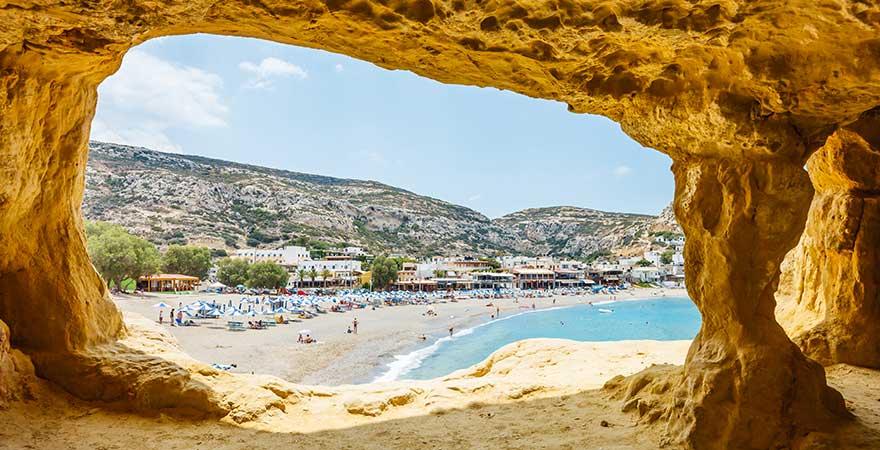 Besucht das Hippiedorf Matala auf Kreta - ein echter Reisetipps