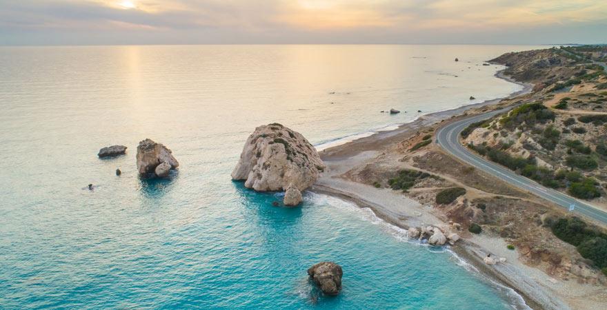 Strand von Petra tou Romiou auf Zypern
