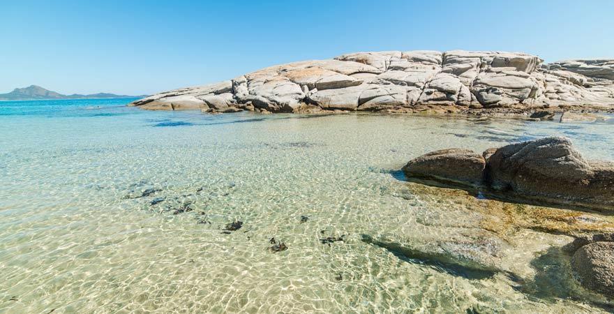 Scoglio di Peppino Strand ist ein Reisetipps für die Costa Rei auf Sardinien