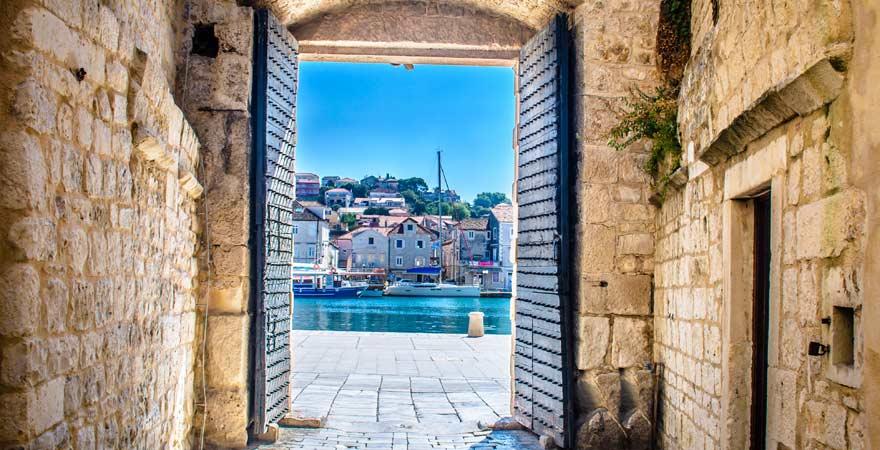 Stadttor von Trogir, Kroatien