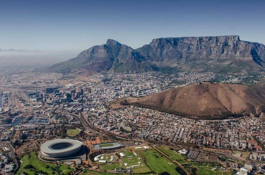 Eine Rundreise durch Südafrika muss hier durchführen: durch Kapstadt