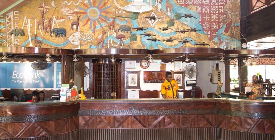 Lobby im Senegambia Beach Hotel