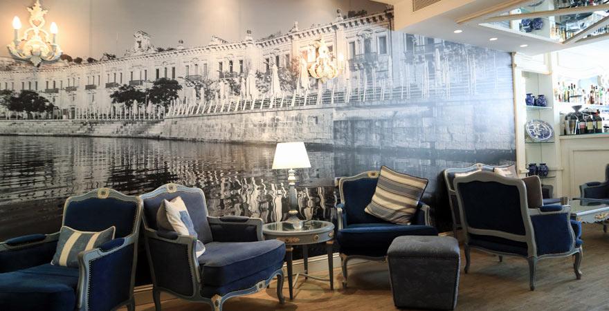 Lounge-Bar, Hotel Osborne, Valletta, Malta