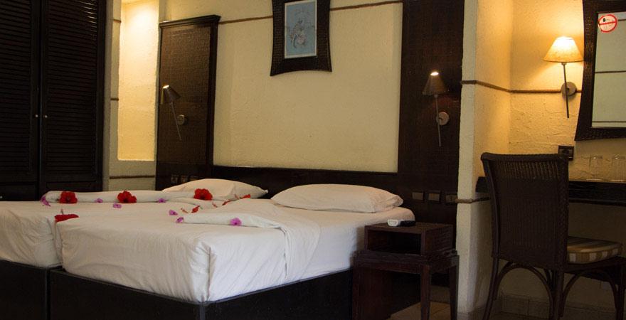Zimmer im Senegambia Beach Hotel