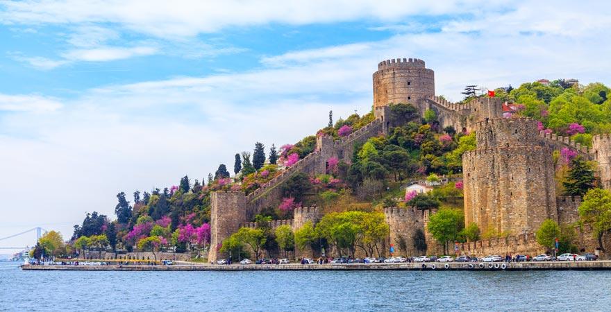 Die Festung Rumeli Husari auf der europäischen Seite Istanbuls