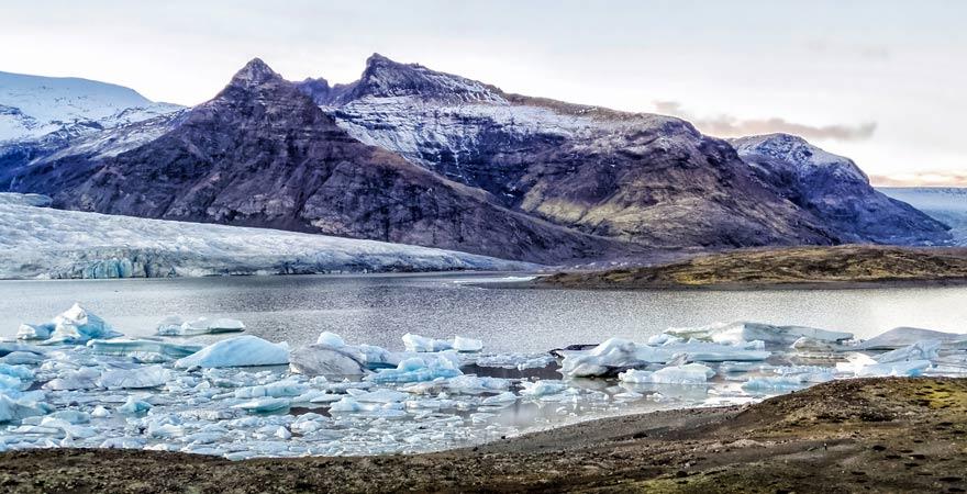 Gletscherlagune Jökulsárló im Vatnajökull Nationalpark, Island