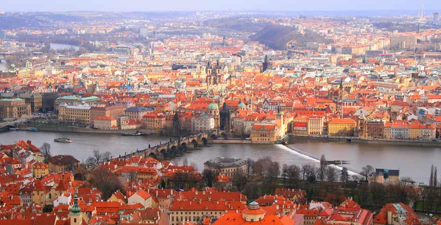 Aussicht auf Prag vom Aussichtspunkt Petrin