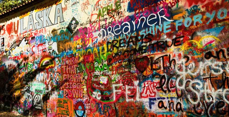 Die John Lennon Wall in Prag