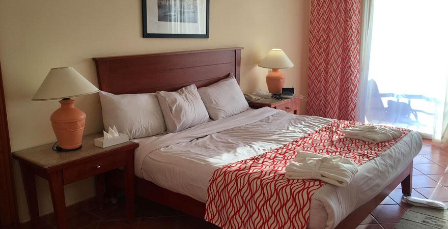 Ein Zimmer im Magic Tulip Beach Resort