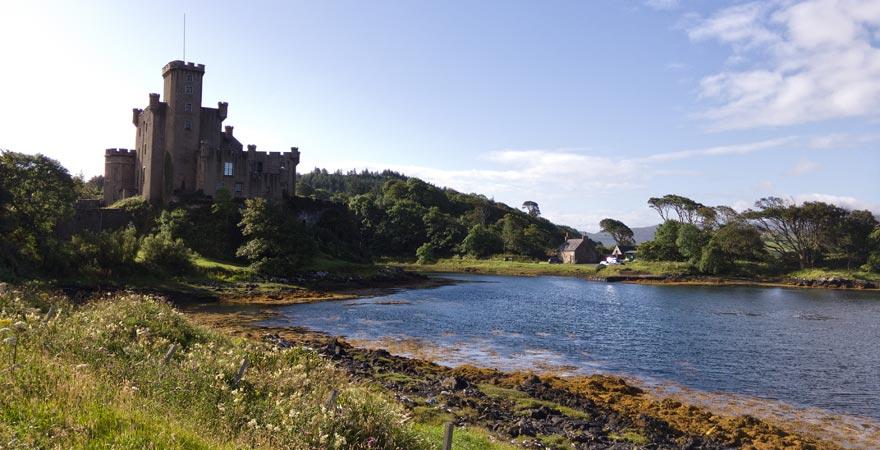 Dunvegan Castle zählt zu den schönsten Sehenswürdigkeiten in Schottland