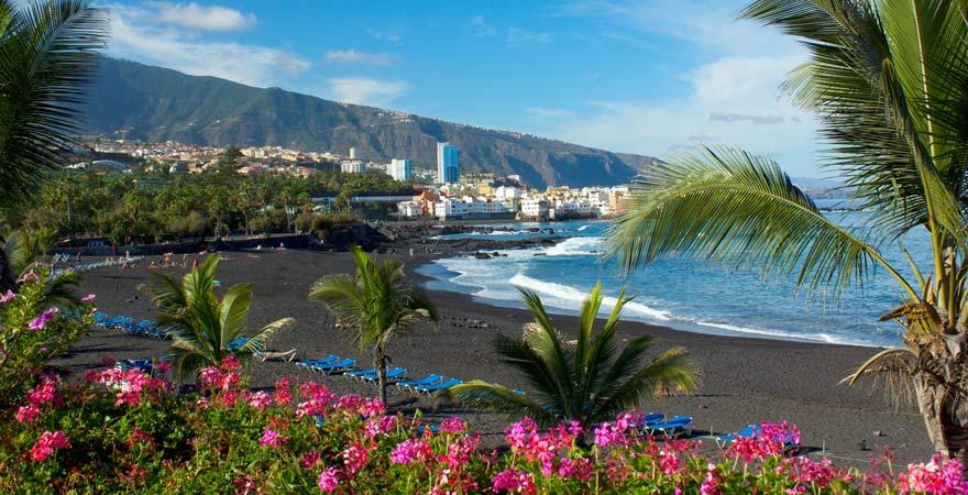 Der Playa Jardin zählt aufgrund seiner besonderen Optik zu den schönsten Stränden auf Teneriffa