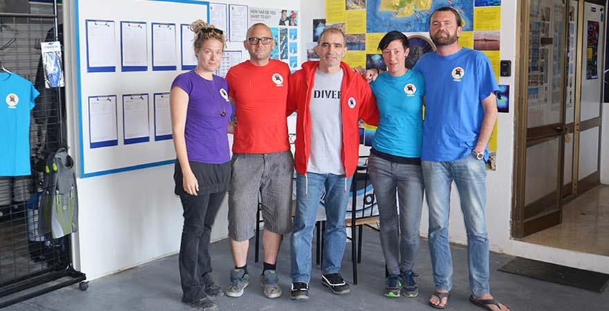 Team von Extra Divers auf Gozo, Malta