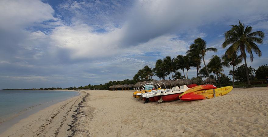 Nur ein Katzensprung von Trinidad entfernt versteckt sich der schöne Strand Playa Ancon