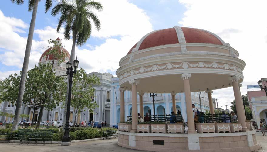 Cienfuegos ist eine empfehlenswerter Tipp während einer Kuba-Rundreise