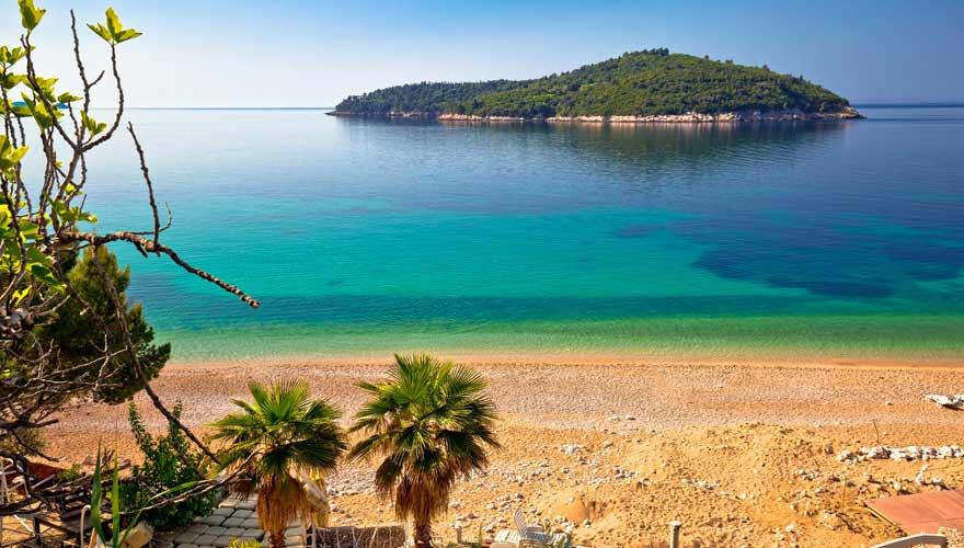 Strand Banje von Dubrovnik in Kroatien